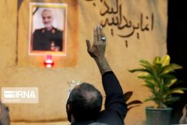 مراسم شام غریبان سپهبد شهید سلیمانی در ورامین برگزار شد