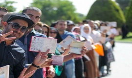 حضور در میدان انتخابات پیروزی کشور را در پی دارد
