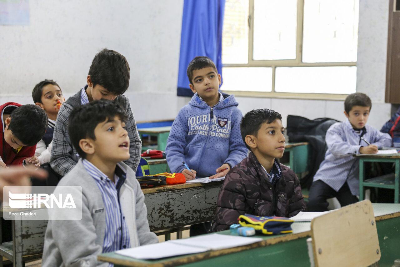 طرح یاریگران زندگی در ۶۸ مدرسه بروجرد اجرا میشود