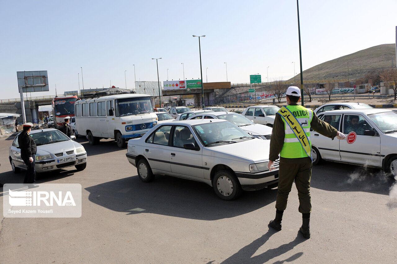 معاون استاندار ایلام: ۷۰۰ خودرو از ورودی حمیل بازگشت داده شد